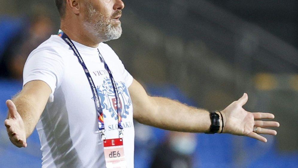 Hapal nicht mehr Trainer der Slowakei - Bildquelle: AFPSIDJACK GUEZ
