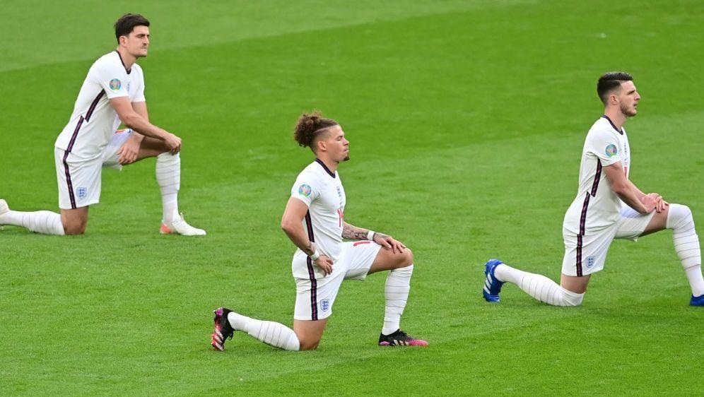 Wie die Three Lions: Englische Klubs gehen in die Knie - Bildquelle: AFPSIDNEIL HALL
