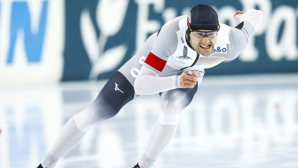 Joel Dufter stürzt beim Weltcup - Bildquelle: AFPANPSIDVINCENT JANNINK