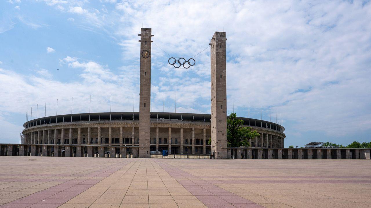 Olympiastadion in Berlin - Bildquelle: imago images/Fotostand