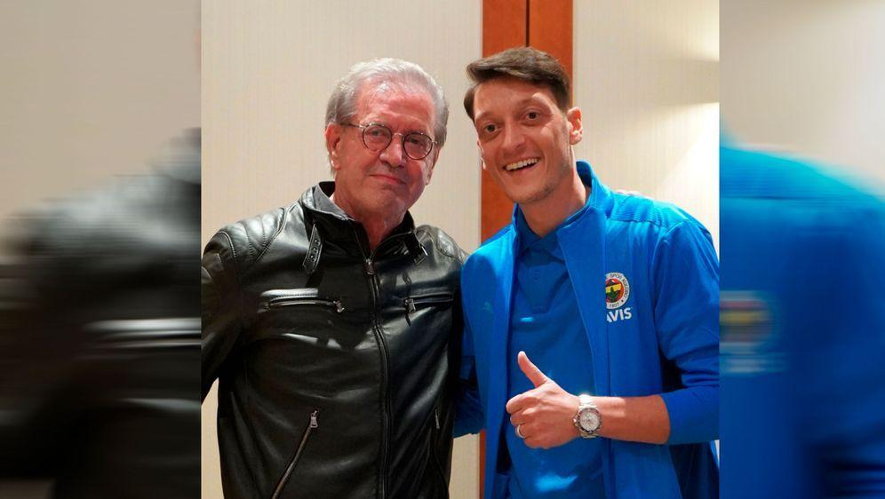 - Bildquelle: Twitter/Mesut Özil