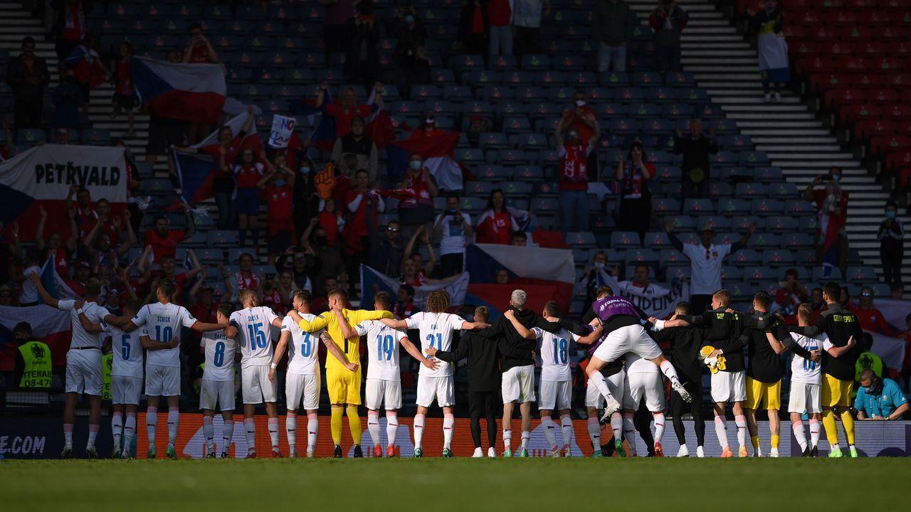 Tschechien feiert Punktgewinn - Bildquelle: 2021 Getty Images