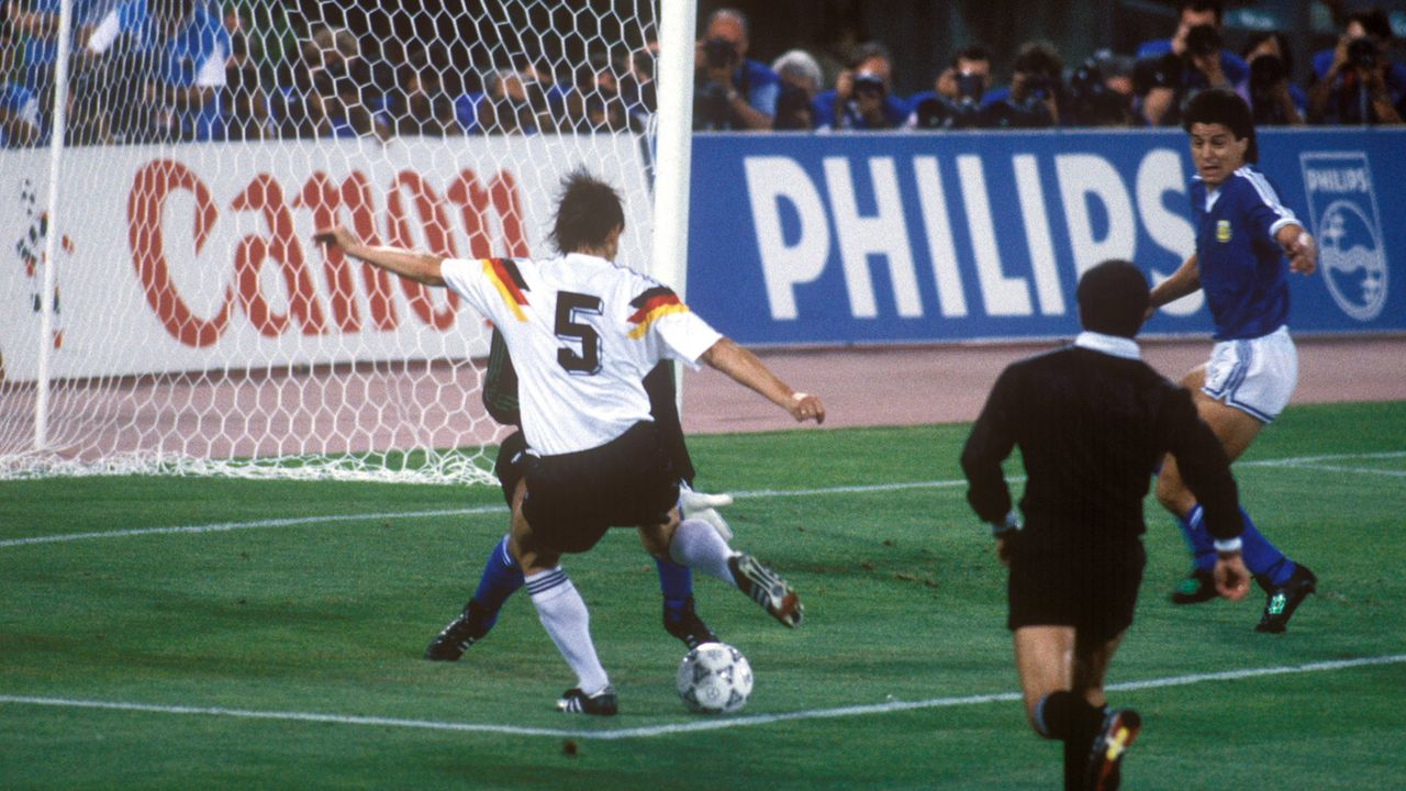 WM-Finale 1990: Argentinien - Deutschland - Bildquelle: imago images/WEREK