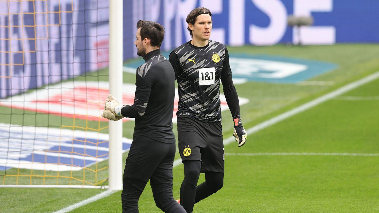 Borussia Dortmund: Marwin Hitz und Roman Bürki im Vergleich - Bildquelle: Ralf Ibing/firo Sportphoto/pool