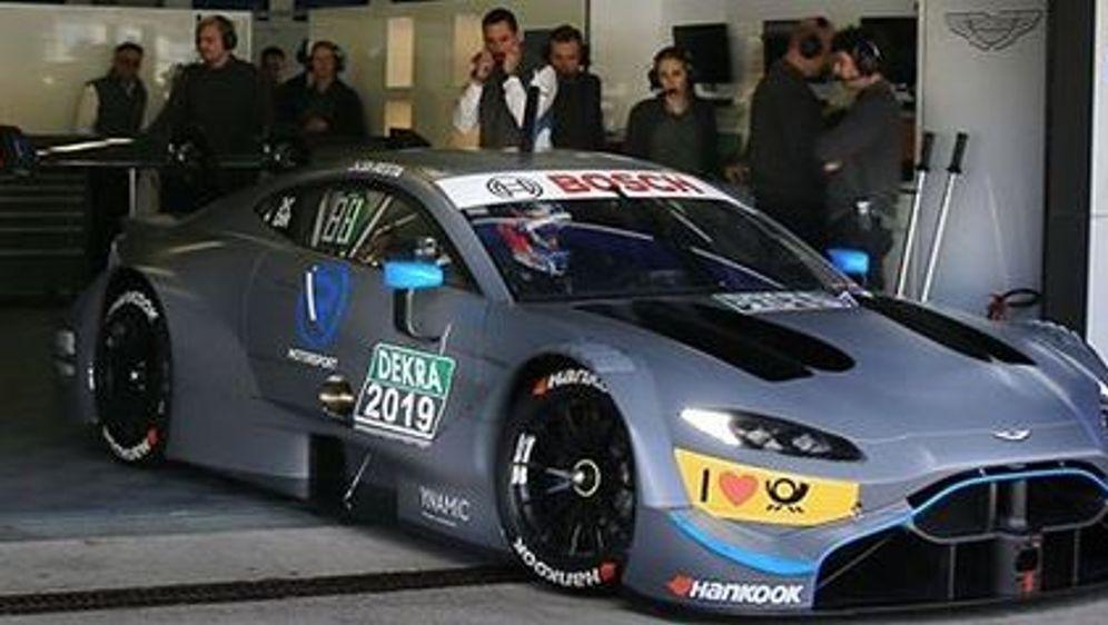 Der DTM-Wagen von Aston Martin bei den Tests in Jerez - Bildquelle: instagram.com/rmotorsport