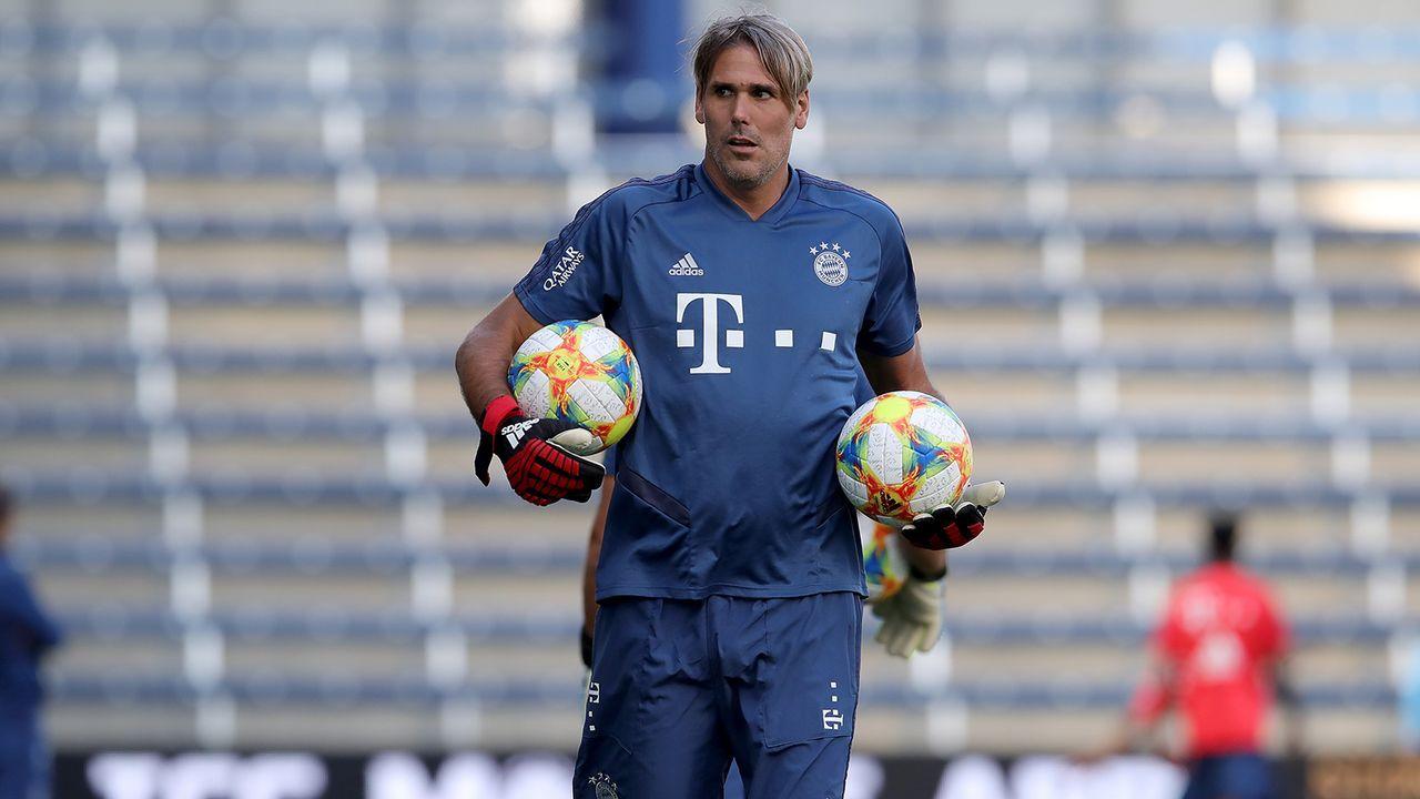 Wolfsburg-Legende Simon Jentzsch ebenfalls von der Partie - Bildquelle: Imago
