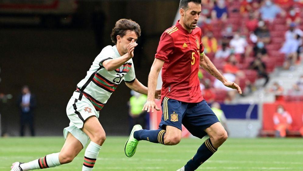 Sergio Busquets kehrt zur Nationalmannschaft zurück - Bildquelle: AFPSIDJAVIER SORIANO