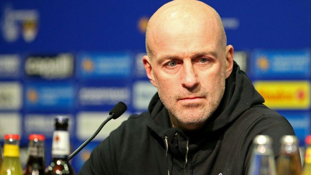 Coach Marco Antwerpen macht sein Team im Münsterland fit - Bildquelle: FIROFIROSID