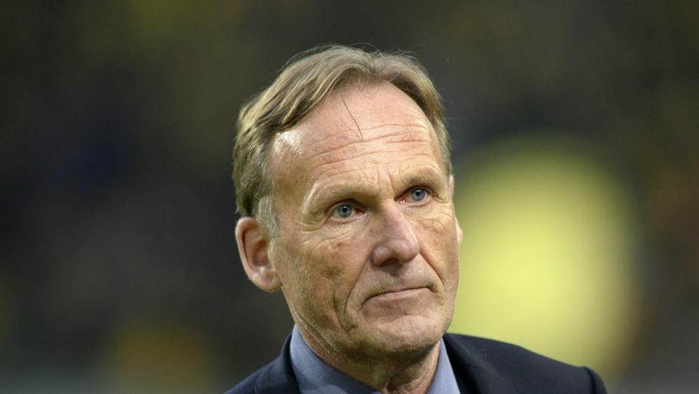Hans-Joachim Watzke sieht beim BVB kein Stürmerproblem - Bildquelle: AFPSIDSASCHA SCHUERMANN