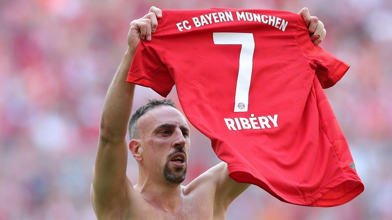Linksaußen: Franck Ribery - Bildquelle: 2019 Getty Images