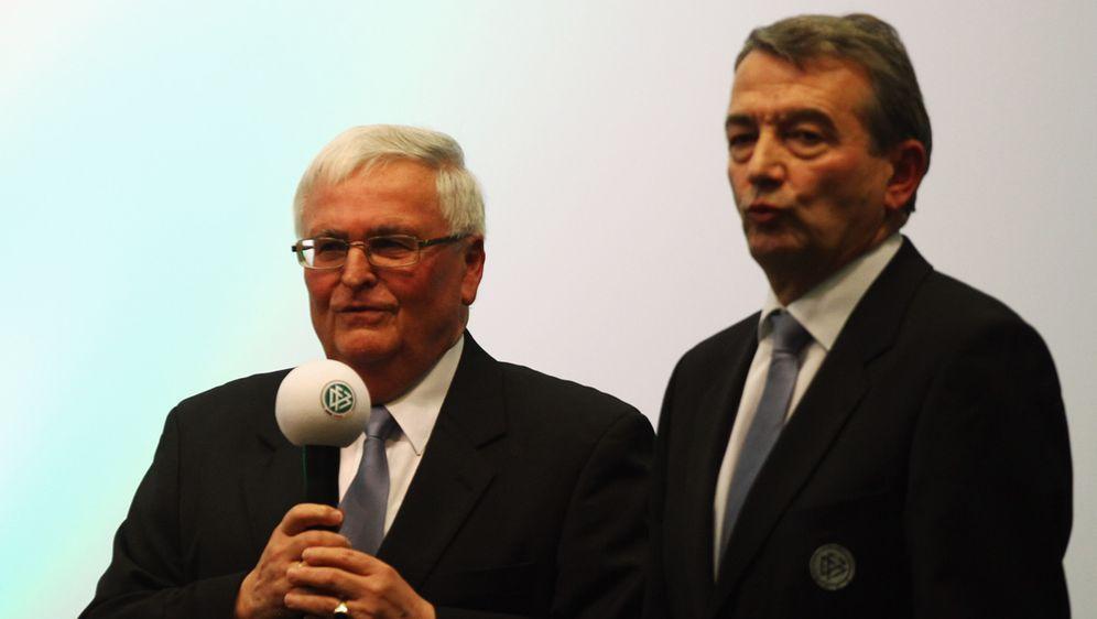 Die Schweizer Bundesanwaltschaft erhebt Anklage gegen die ehemaligen DFB-Fun... - Bildquelle: Getty Images