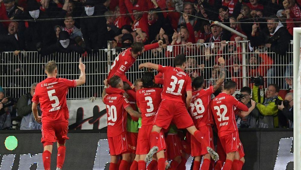 Union Berlin gewinnt das Stadtduell gegen Hertha BSC - Bildquelle: AFPSIDTobias SCHWARZ