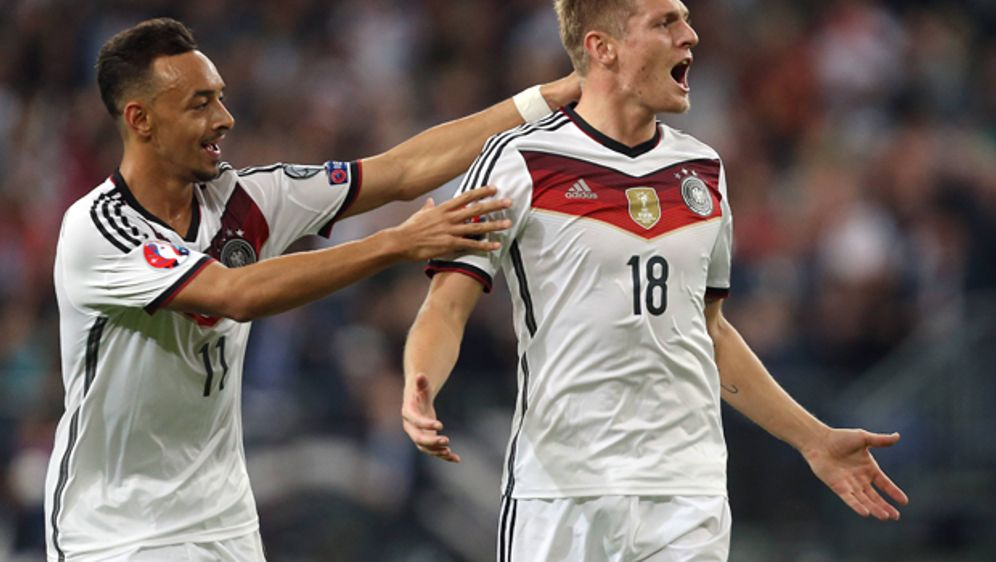 Konnten im letzten Qualifikationsspiel gegen Irland überzeugen: Karim Bellar... - Bildquelle: imago