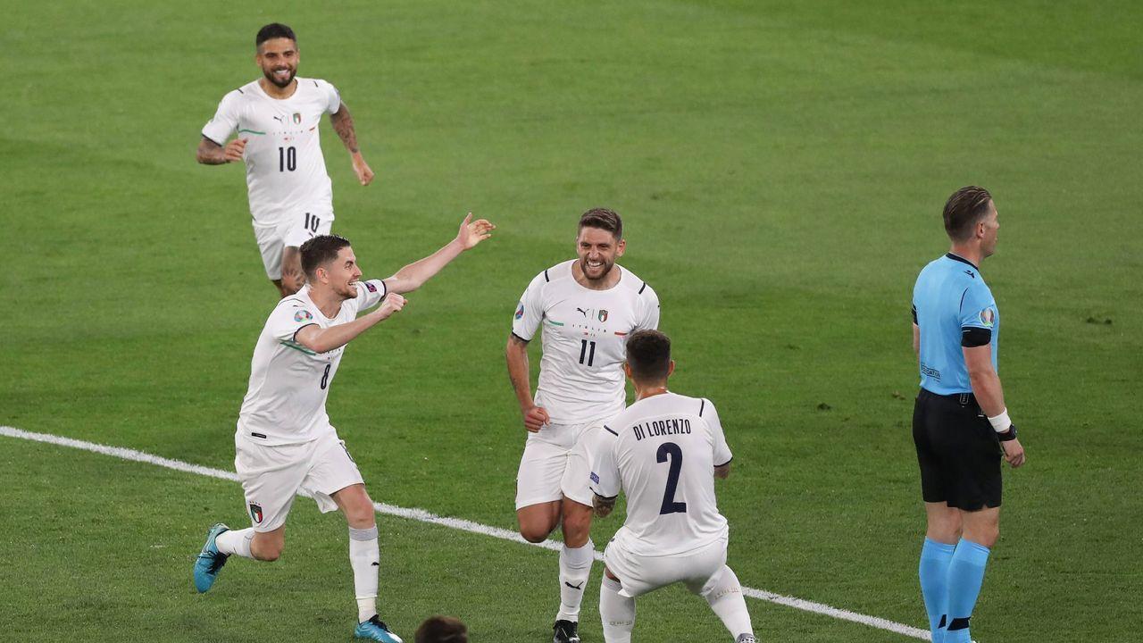 Italien gelingt höchster Sieg in einem Eröffnungsspiel - Bildquelle: imago
