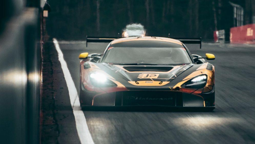 Christian Klien absolviert in Zolder erste Tests mit dem McLaren 720S GT3. - Bildquelle: photopuls.be