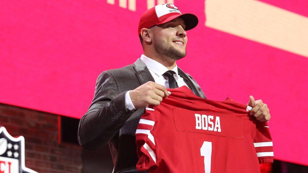 Nick Bosa hat sich im Training bei den 49ers verletzt. - Bildquelle: imago