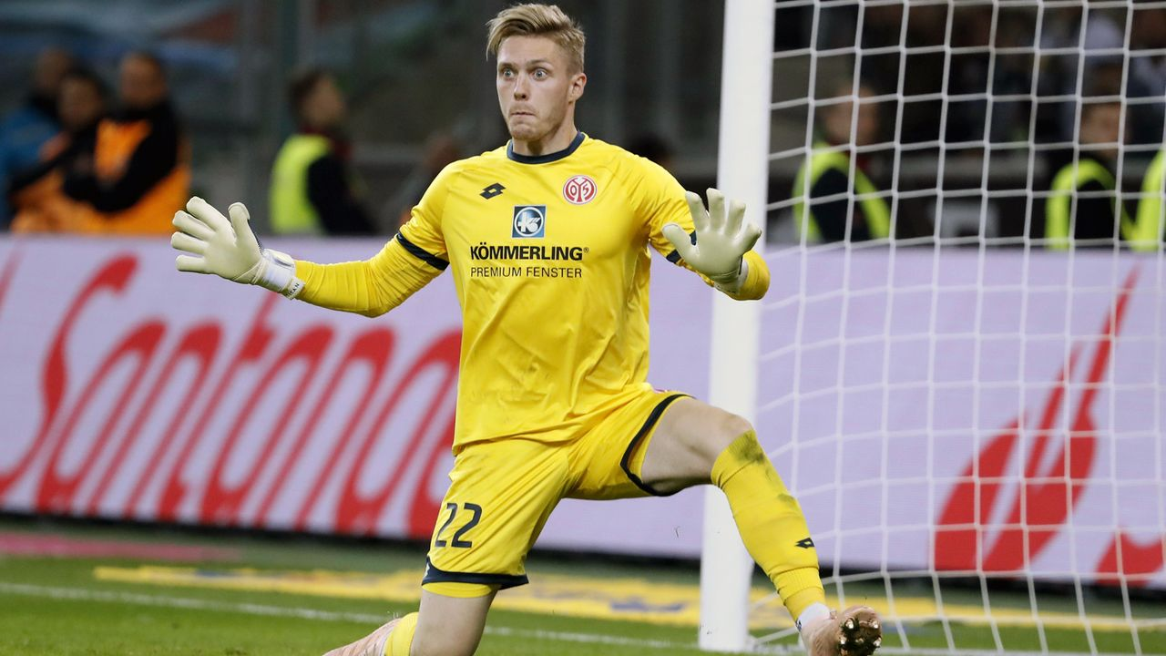Florian Müller (1. FSV Mainz 05) - Bildquelle: imago/Laci Perenyi