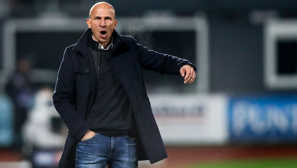 Gerhard Struber trainiert zukünftig den FC Barnsley - Bildquelle: Imago