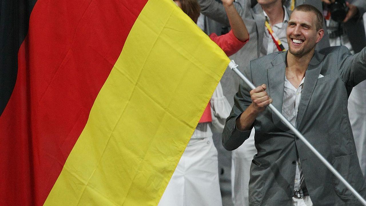 Dirk Nowitzki: Die Meilensteine seiner Karriere - Bildquelle: 2008 Getty Images
