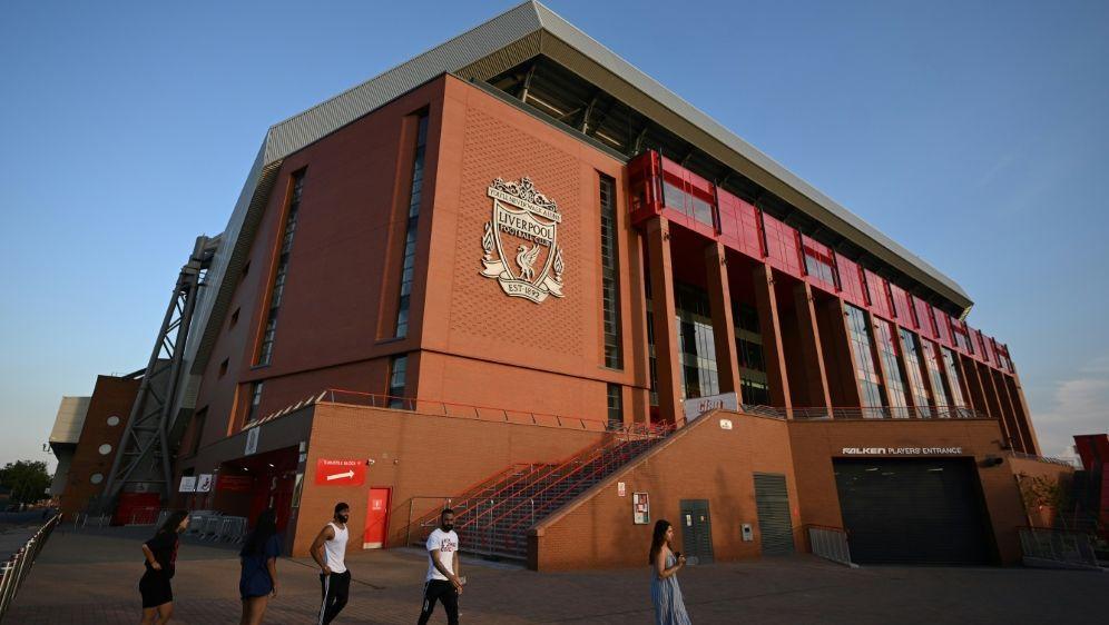 In Anfield sind wieder bis zu 2000 Zuschauer zugelassen - Bildquelle: AFPSIDOLI SCARFF