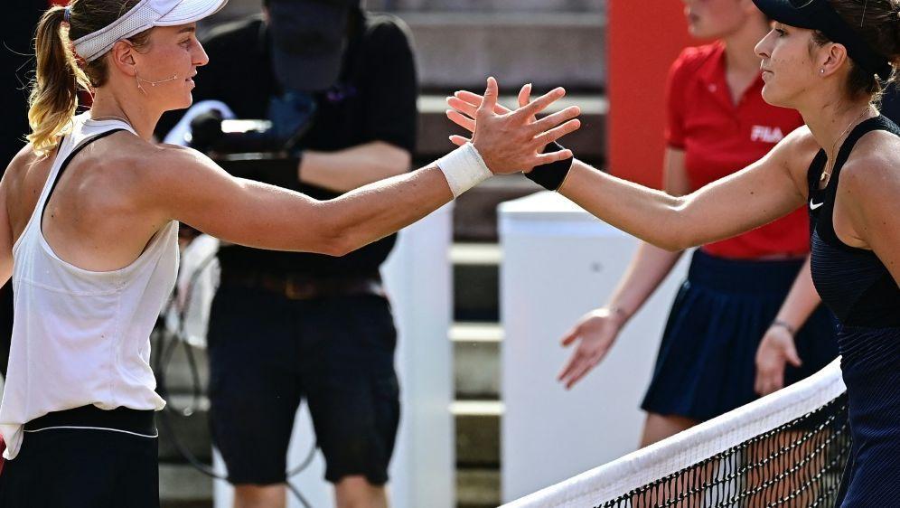 Ludmilla Samsonowa (l) gewinnt gegen Belinda Bencic - Bildquelle: AFPSIDTOBIAS SCHWARZ