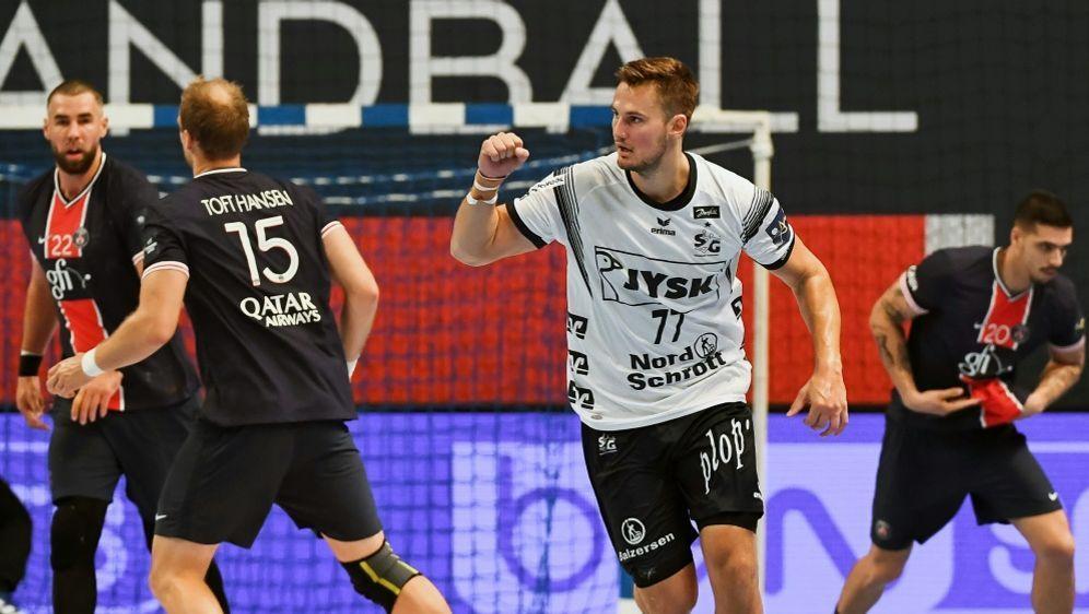 Magnus Abelvik Röd traf gegen Paris doppelt - Bildquelle: FIROFIROSID