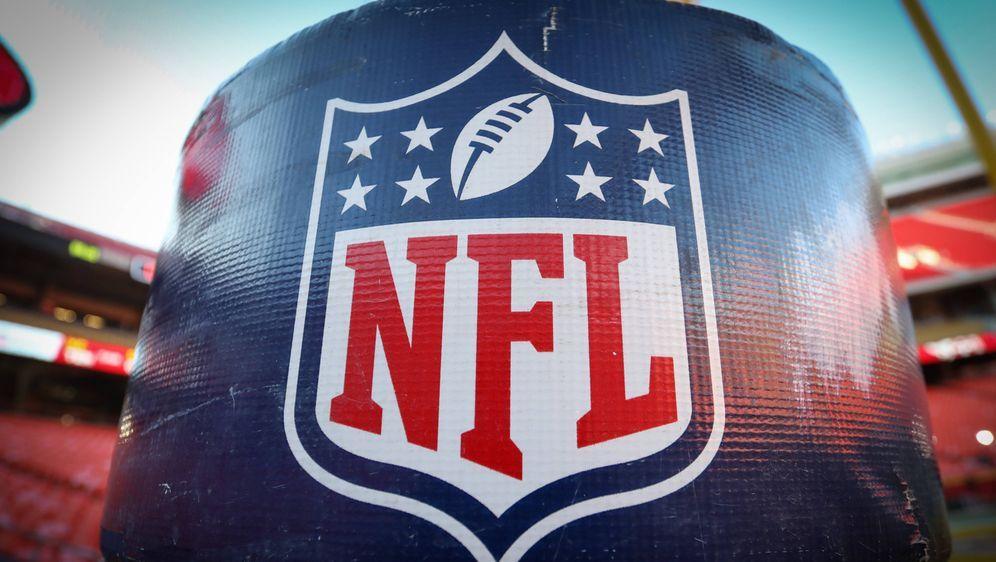 NFL-Agent Buddy Baker trauert um seine Eltern. - Bildquelle: imago images/Icon SMI