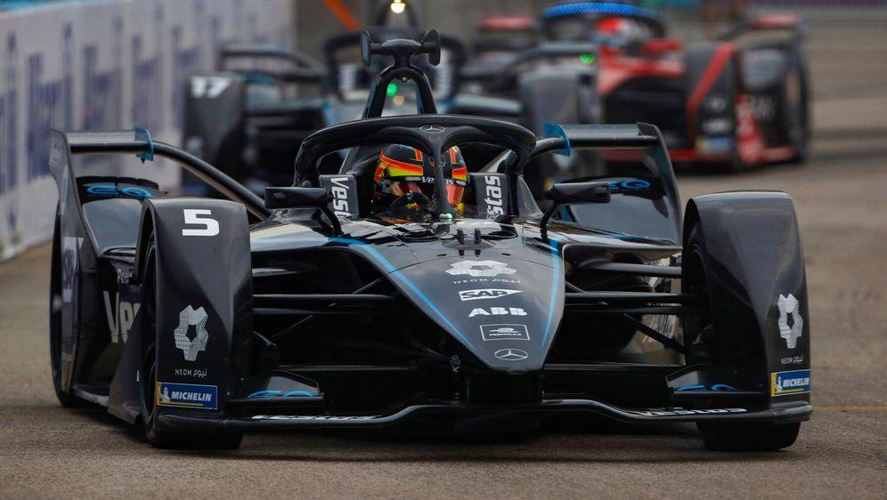 Stoffel Vandoorne und Nyck de Vries sorgen für einen Mercedes-Doppelsieg. - Bildquelle: Motorsport Images