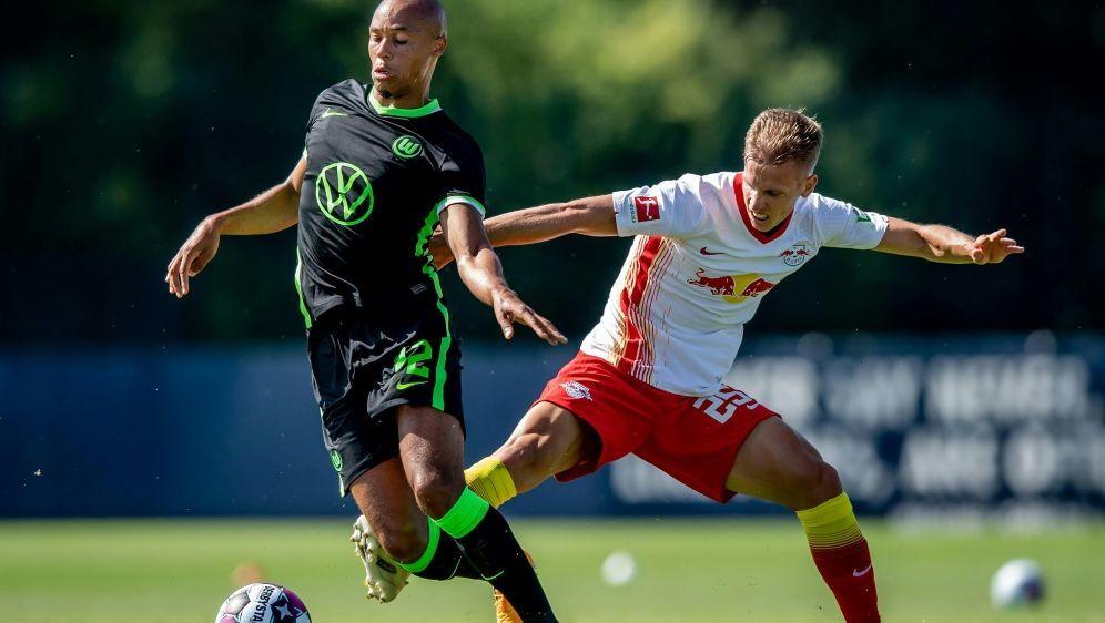 Der VfL Wolfsburg will in der Europa League weiterkommen - Bildquelle: FIROFIROSID