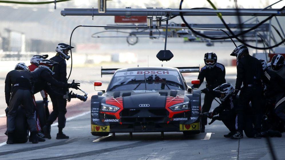 Die DTM-Teams denken 2019 sogar über zwei Stopps pro Rennen nach. - Bildquelle: LAT