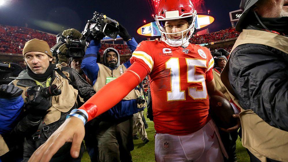 Steigt wohl schon bald zum Topverdiener der NFL auf: Patrick Mahomes soll be... - Bildquelle: Getty Images
