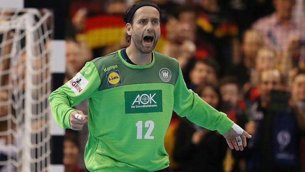 Silvio Heinevetter macht den deutschen Handballern Mut - Bildquelle: FIROFIROSID