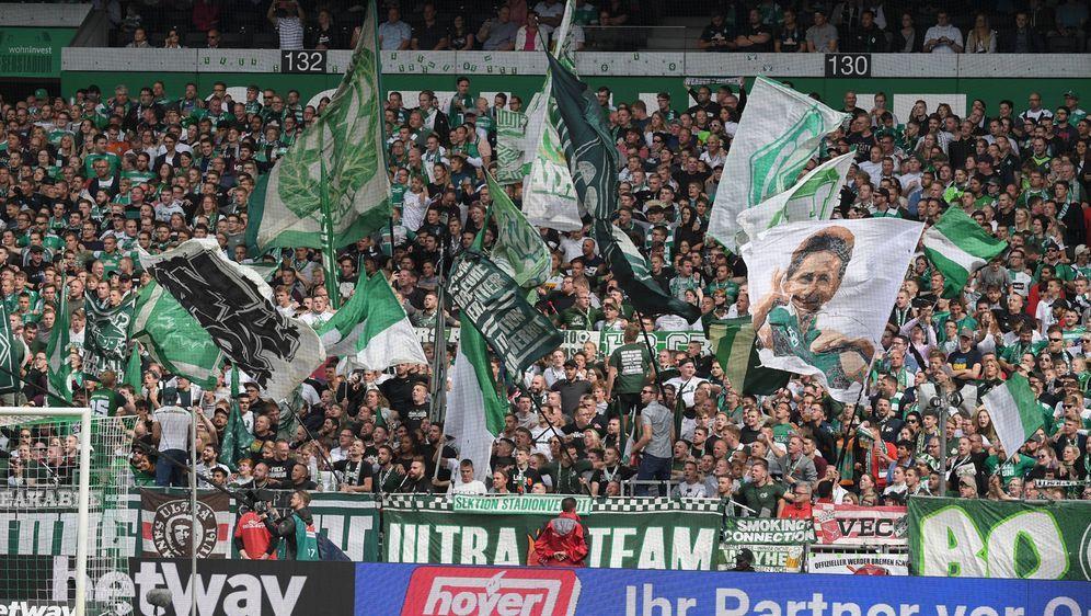 Werder Bremen erhält den Solarpreis für das Weserstadion - Bildquelle: imago