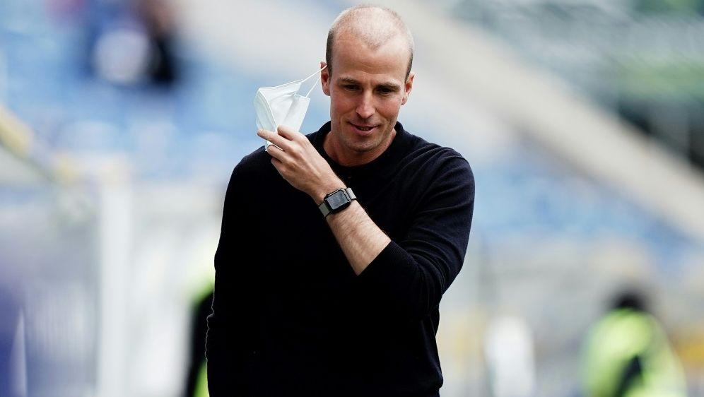 Trainer Sebastian Hoeneß kann vor EL-Auftakt aufatmen - Bildquelle: FIROFIROSID