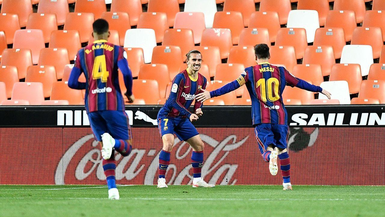 Platz 6 (geteilt): FC Barcelona - Bildquelle: 2021 Getty Images