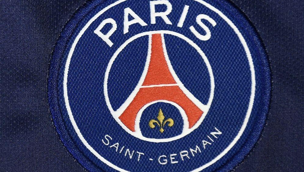 Champions League Paris Rassistisch Beleidigter Fan Setzt Zeichen Ran