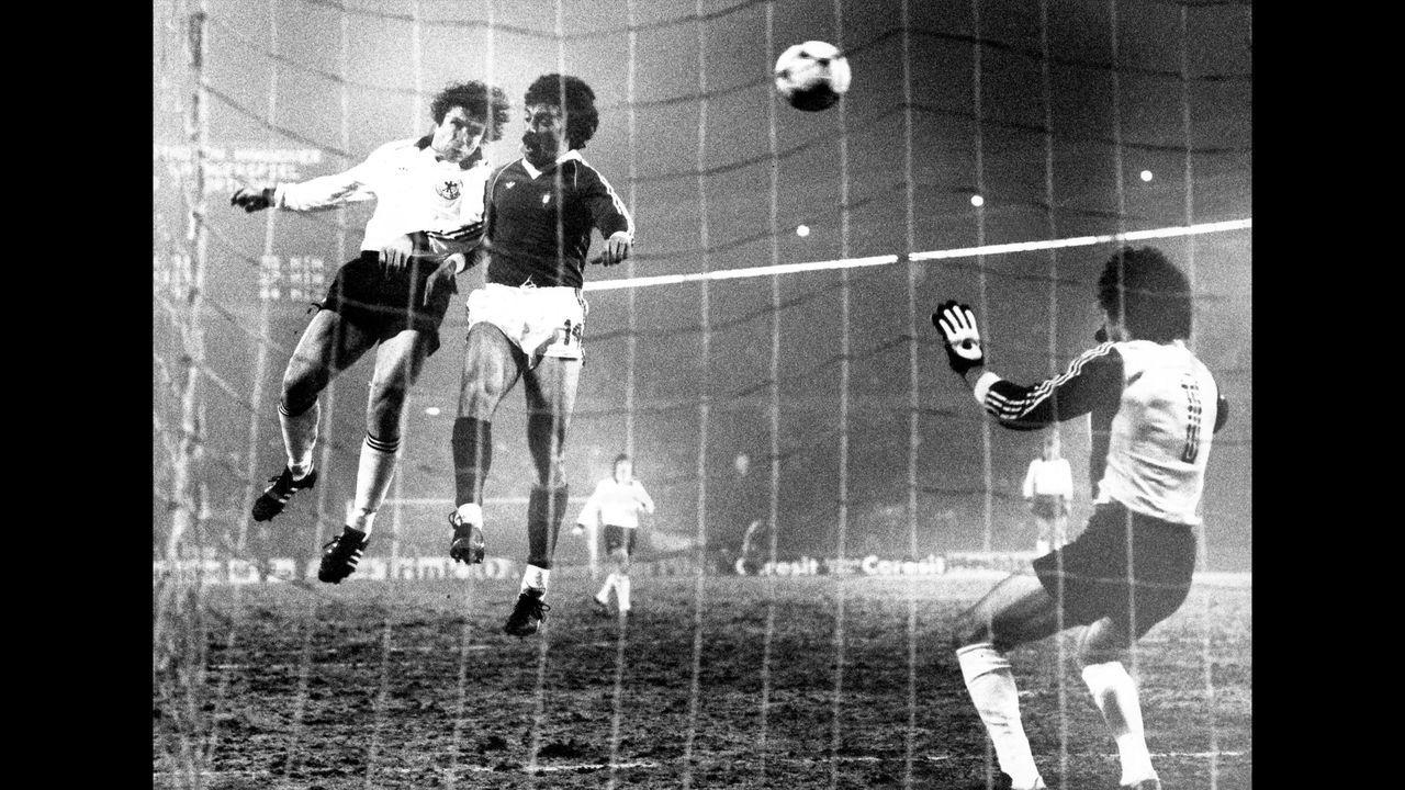Testspiel 1982: GER - POR 3:1 - Bildquelle: imago images/BSR Agency