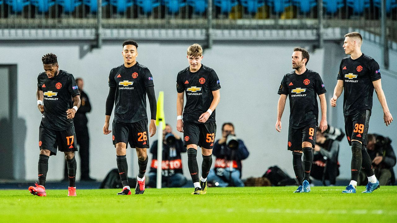 6. Manchester United - Bildquelle: 2020 imago