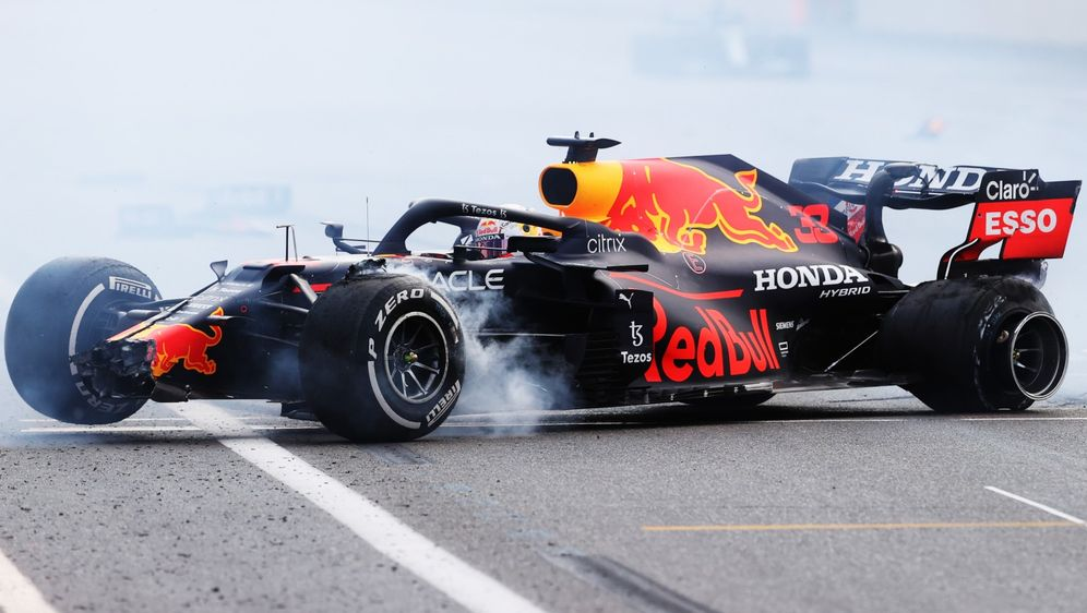 Max Verstappen schied beim Baku-GP aufgrund eines Reifenplatzers aus. - Bildquelle: Getty