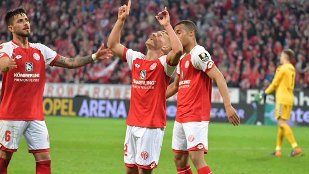 Jubel beim FSV Mainz 05. - Bildquelle: imago/Achim Keller
