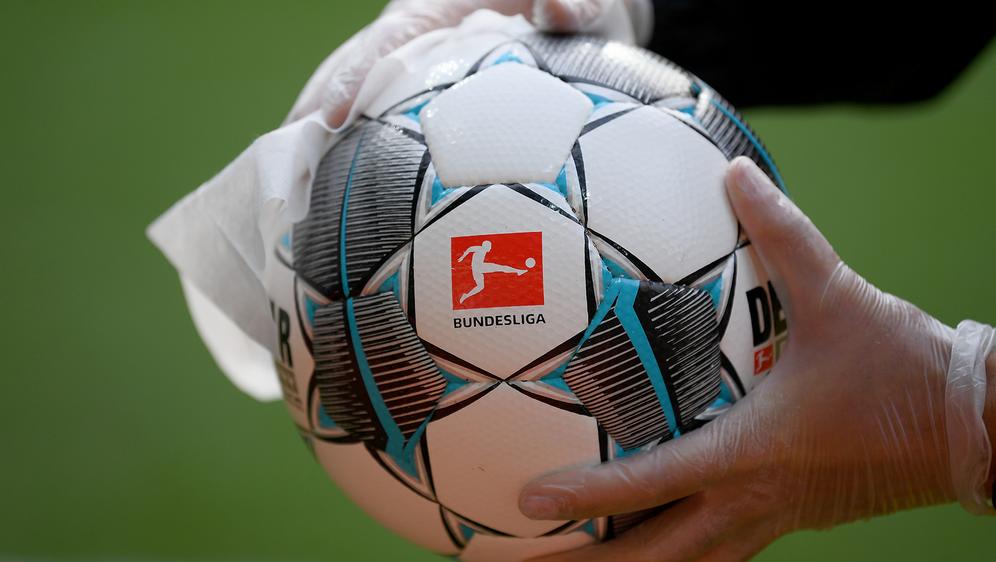 Die 36 Vereine der 1. und 2. Bundesliga gehen ab dem 12. Mai in Isolation. - Bildquelle: Getty