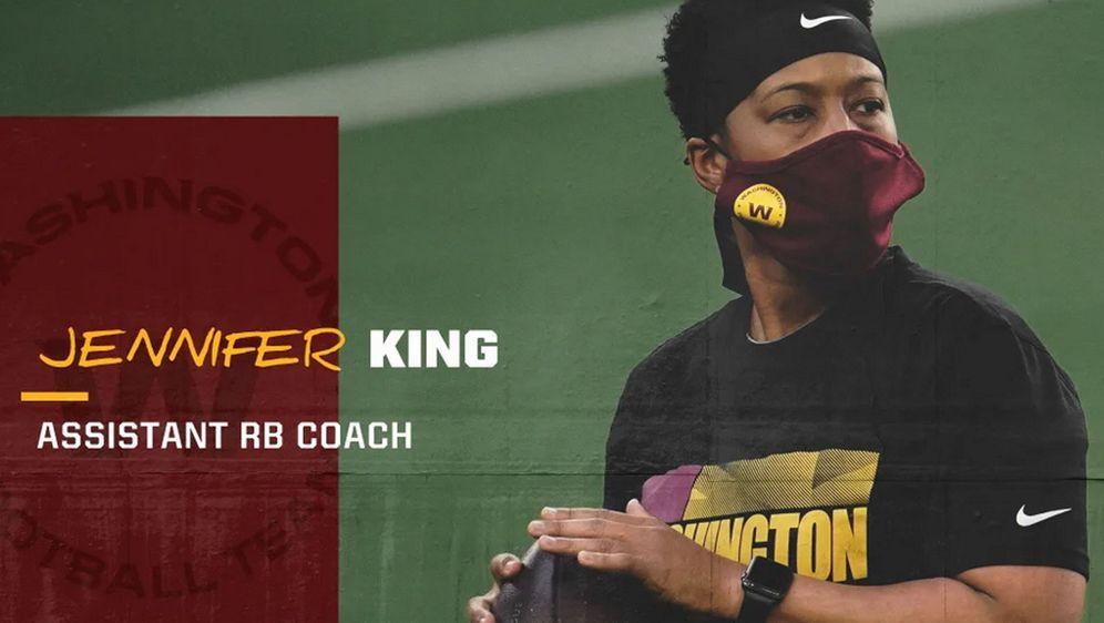 Weit mehr als nur ein Assistant Coach in der NFL: Jennifer King hat beim Was... - Bildquelle: Twitter/@WashingtonNFL