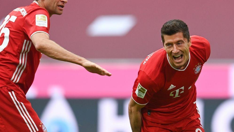 Lewandowski hat in fünf Spielen schon zehn Tore erzielt - Bildquelle: CHRISTOF STACHE  AFP  POOL CHRISTOF STACHE  AFP  POOLCHRISTOF STACHE