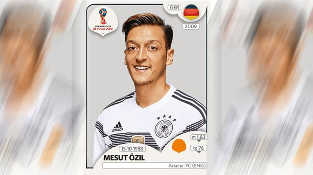 Mesut Özil (FC Arsenal) - Bildquelle: Panini