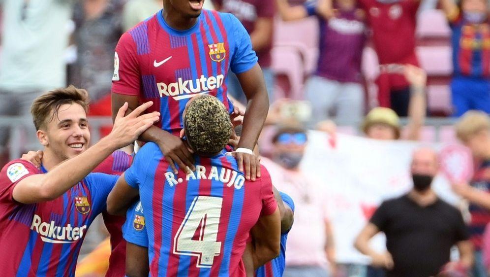 Ansu Fati und Barcelona schlagen UD Levante - Bildquelle: AFPSIDLLUIS GENE