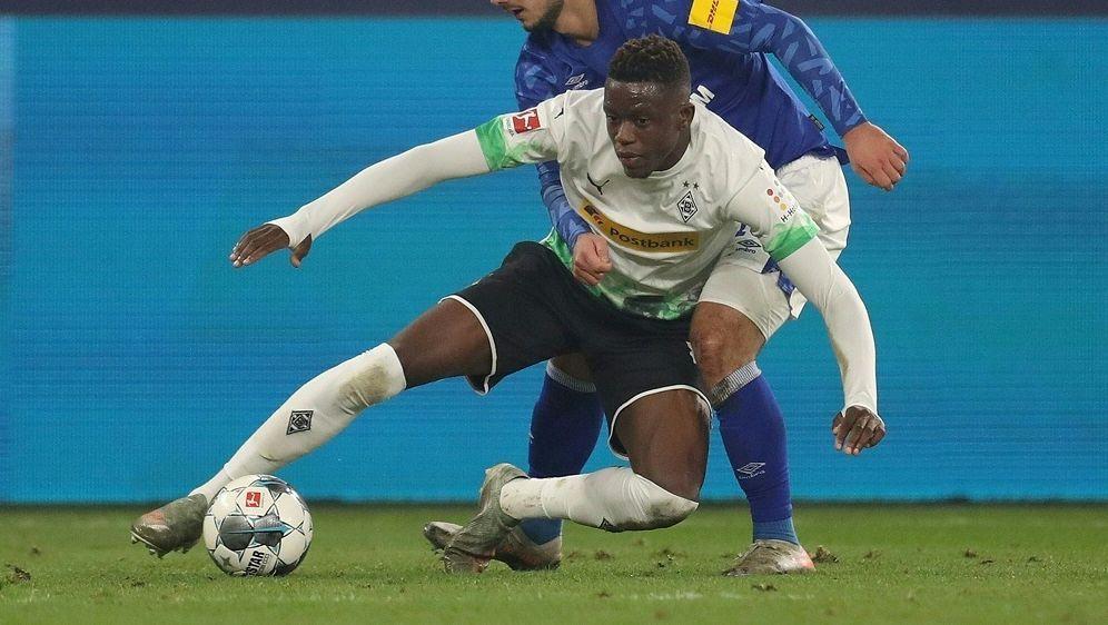 Gegen Gladbach gelang Schalke der bislang letzte Bundesliga-Sieg - Bildquelle: FIROFIROSID