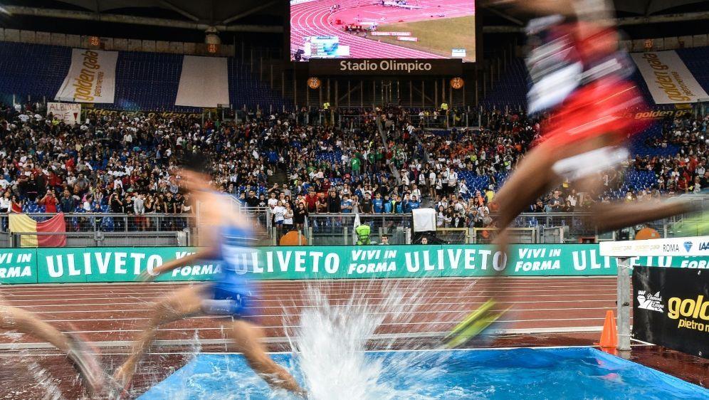 IAAF: 14 russische Athleten erhalten Starterlaubnis - Bildquelle: AFPSIDANDREAS SOLARO