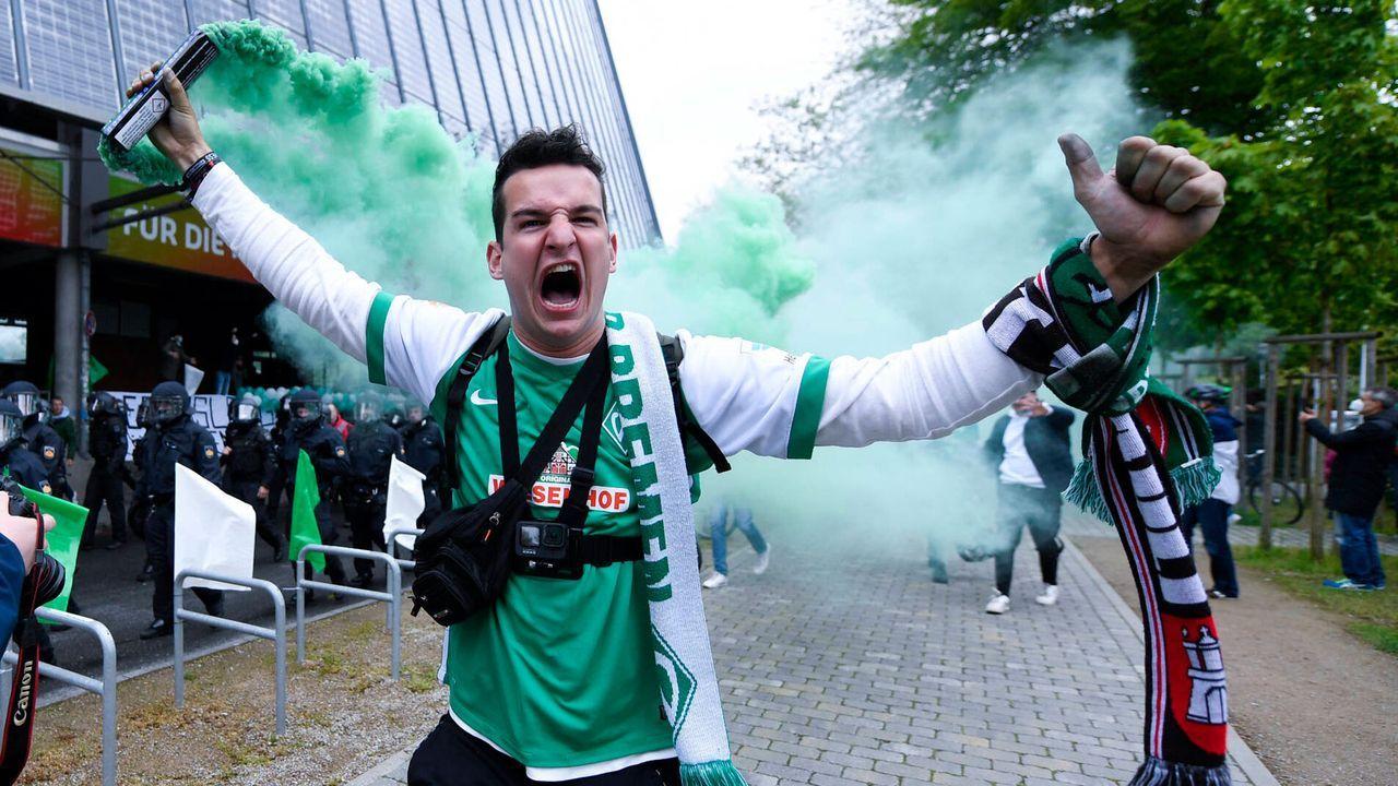 Große Unterstützung in Bremen und Köln - Bildquelle: Imago Images
