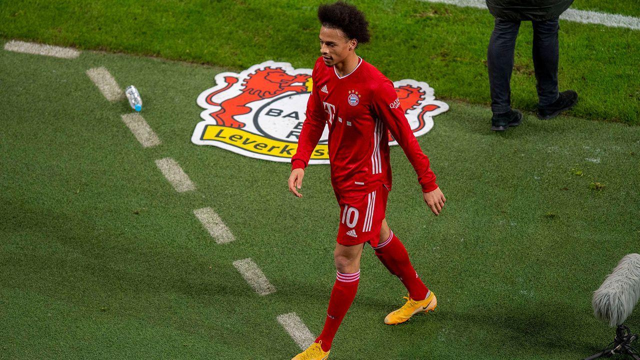 Ein- und Auswechslung gegen Leverkusen - Bildquelle: Imago Images