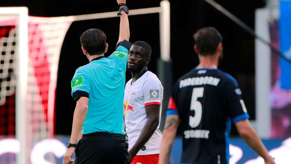 Paderborn holt einen Punkt gegen zehn Leipziger - Bildquelle: POOLPOOLSIDHANNIBAL HANSCHKE